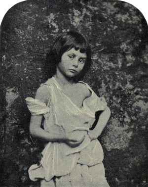 Alice_Liddell_as_'The_Begger_Child'